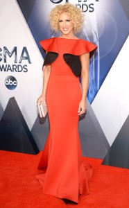 rs_634x1024-151104155802-634.Kimberly-Schlapman-CMA-Awards.ms.110415