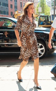 rs_634x1024-150630085233-634.Caitlyn-Jenner-Leopard-Print-Wrap-Dress-NYC-JR-63015