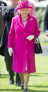 rs_634x1224-141114132740-634.Queen-Elizabeth-Hot-Pink-Coat.jl.111414