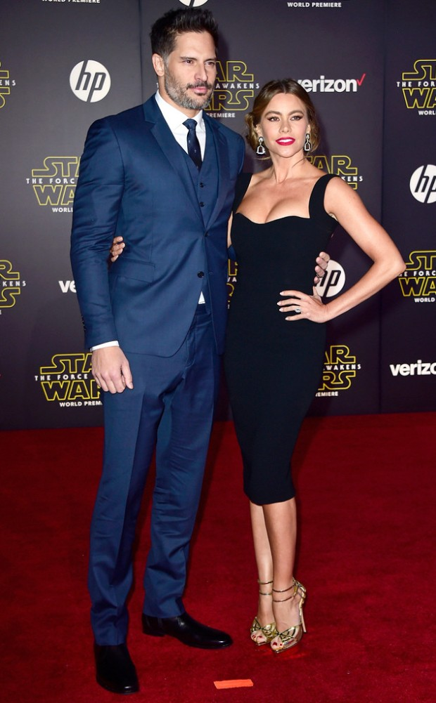 rs_634x1024-151214204055-634.Joe-Manganiello-Sofia-Vergara-Star-Wars.ms.121415.jpg