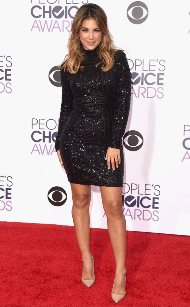 rs_634x1024-160106162517-634-liz-hernandez-peopls-choice-awards.ls.1616.jpg