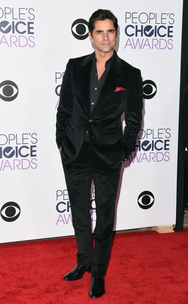 rs_634x1024-160106174003-634-john-stamos-peoples-choice-awards-010616.jpg