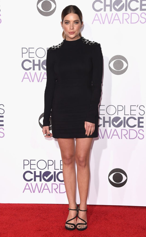 rs_634x1024-160106174921-634-ashley-benson-peoples-choice-awards-010616.jpg