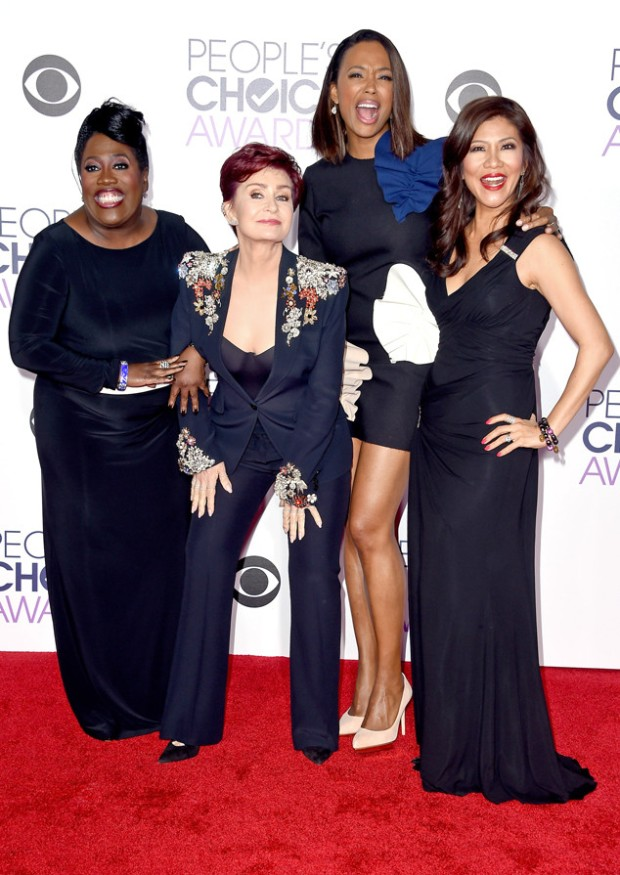 rs_634x895-160106175503-634.Sheryl-Underwood-Sharon-Osbourne-Aisha-Tyler-Julie-Chen-Peoples-Choice-Awards.ms.010616.jpg