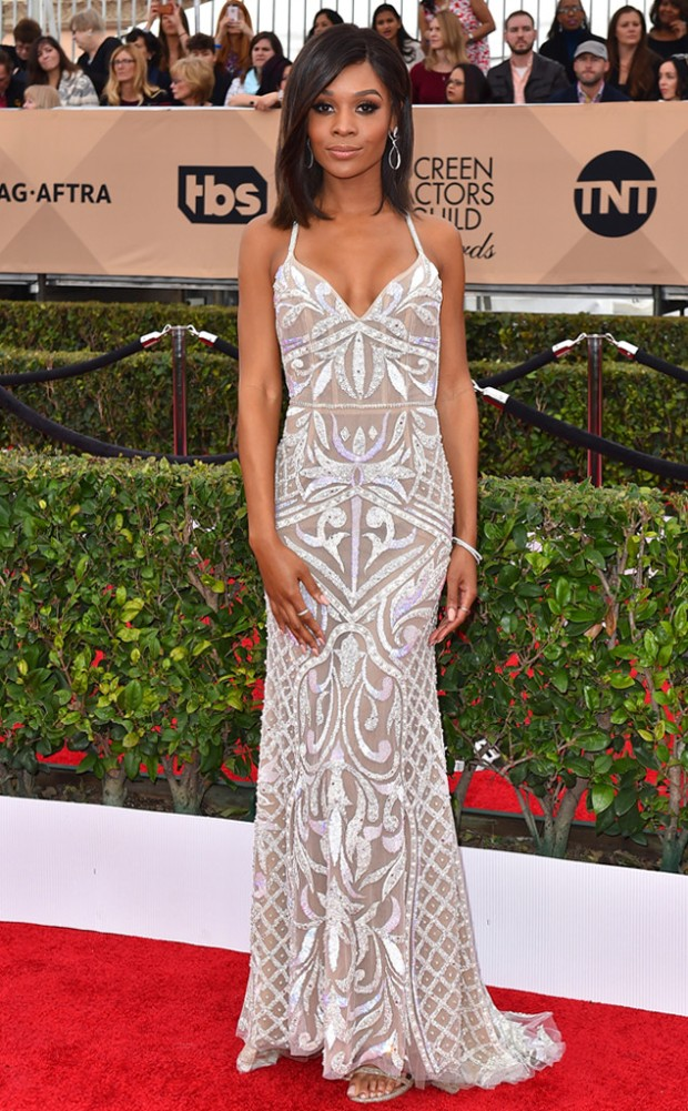 rs_634x1024-160130145826-634-SAG-Awards-2016-zuri-hall.ls.13016.jpg