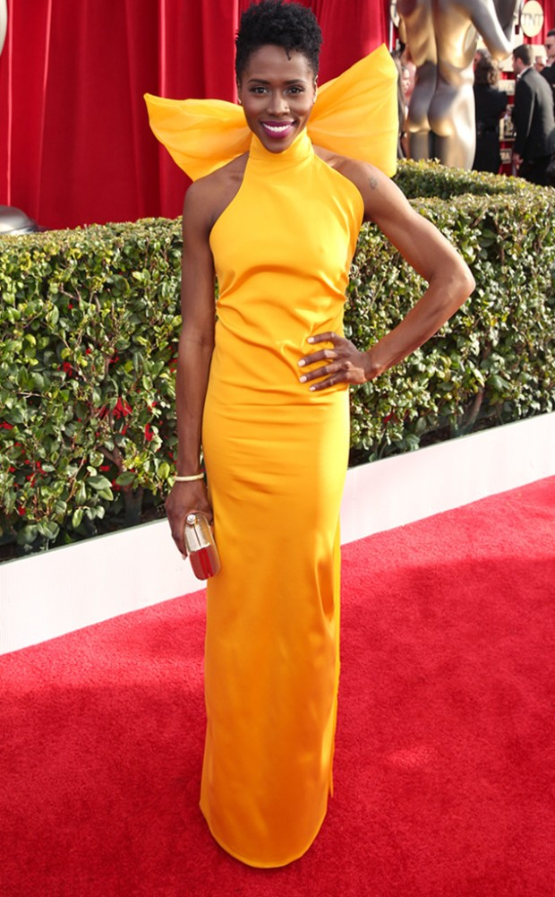 rs_634x1024-160130160303-634-SAG-Awards-2016-sola-bomis.jpg