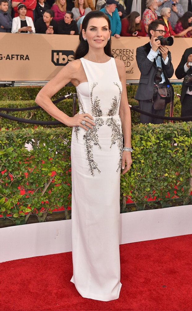 rs_634x1024-160130171545-634-julianna-marguiles-sag-awards-red-carpet-arrivals-013016.jpg