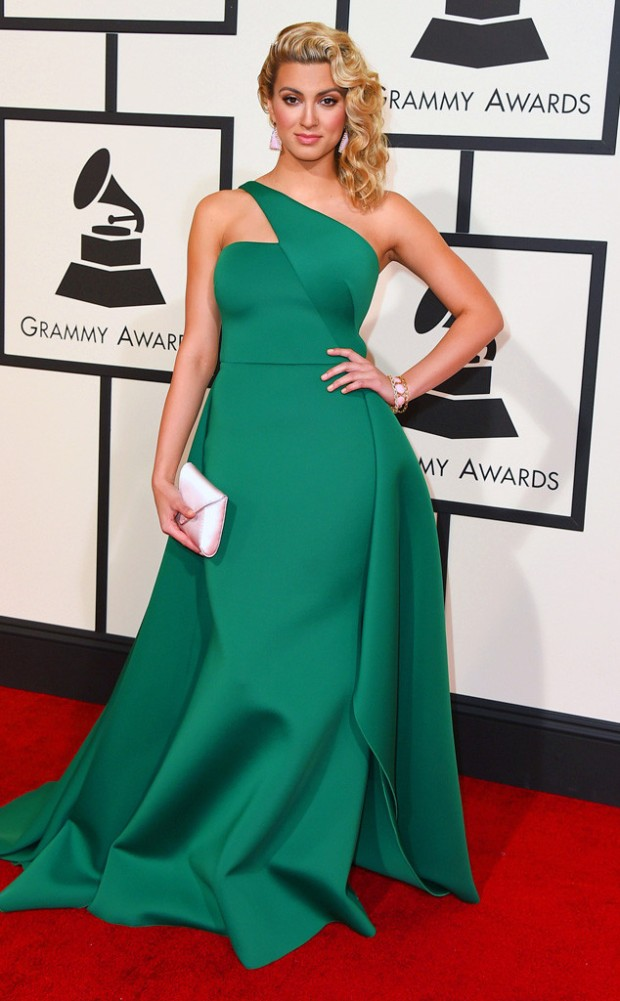 rs_634x1024-160215150941-634-2016-Grammy-Awards-tori-kelly.jpg