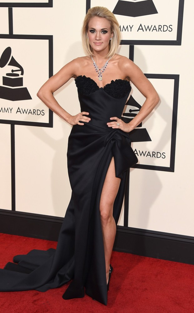 rs_634x1024-160215153512-634-2016-Grammy-Awards-carrie-underwood.jpg