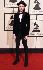 rs_634x1024-160215161321-634-james-bay-grammy-awards-arrivals-21516