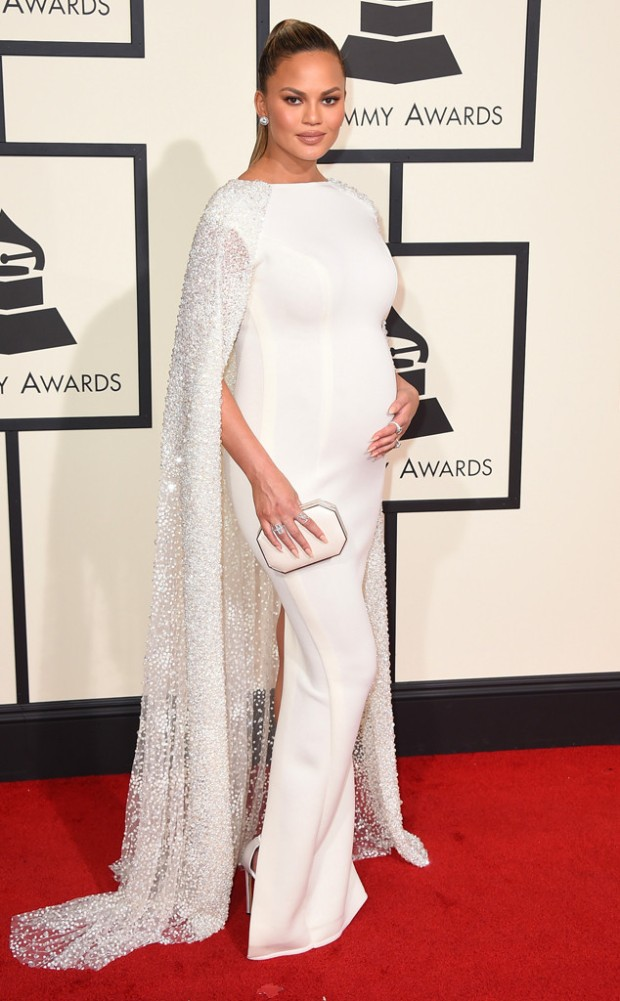 rs_634x1024-160215165817-634-2016-Grammy-Awards-chrissy-teigen.jpg