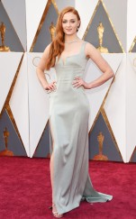 rs_634x1024-160228155458-634-2016-oscars-academy-awards--sophie-turner