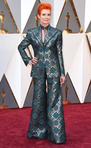 rs_634x1024-160228161358-634.Sandy-Powell-Oscars-2016