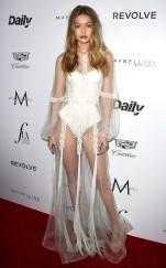 rs_634x1024-160320183844-634.Gigi-Hadid-Daily-Front-Row-Fashion-LA-Awards.ms.032016
