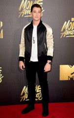 rs_634x1011-160409193803-634-miles-teller-mtv-movie-awards-2016
