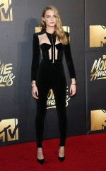 rs_634x1024-160409192906-634-cara-delevingne-mtv-movie-awards-2016