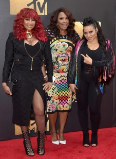 rs_634x867-160409181724-634-salt-n-pepa-mtv-movie-awards-2016