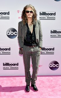 rs_634x1024-160522161742-634.Steven-Tyler-Music-Awards.tt.052216
