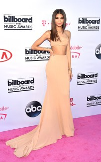 rs_634x1024-160522170815-634-zendaya-2016-billboard-music-awards