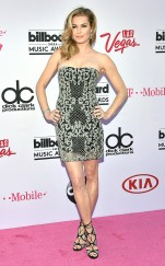 rs_634x1024-160522171652-634-rebecca-romijn-2016-billboard-music-awards