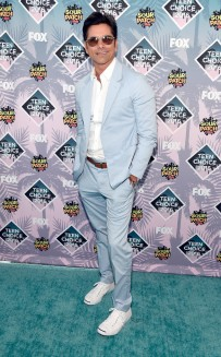 rs_634x1024-160731164201-634.John-Stamos-Teen-Choice-Awards.tt.073116