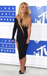 rs_634x1024-160828173633-634-britney-spears-mtv-vmas-arrivals.82716