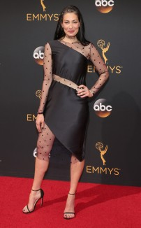rs_634x1024-160918145644-634-emmy-awards-arrivals-stacy-lonson