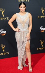 rs_634x1024-160918152110-634-emmy-awards-arrivals-ariel-winter
