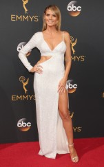 rs_634x1024-160918160733-634-heidi-klum-emmy-awards-2016
