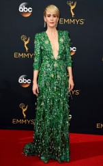 rs_634x1024-160918164126-634-sarah-paulson-emmy-awards-2016