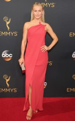 rs_634x1024-160918171751-634-julianne-hough-emmy-awards-2016
