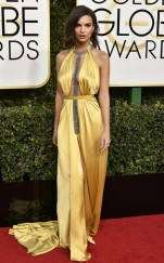 rs_634x1024-170108151506-634-2017-golden-globe-awards-emily-ratajkowski-jl-010917