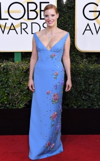 rs_634x1024-170108165650-634-2017-golden-globe-awards-jessica-chastain