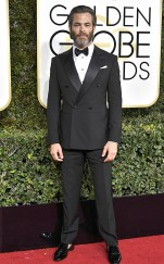 rs_634x1024-170108170807-634-chris-pin-golden-globe-awards