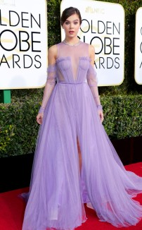 rs_634x1024-170108170820-634-2017-golden-globe-awards-hailee-steinfeld