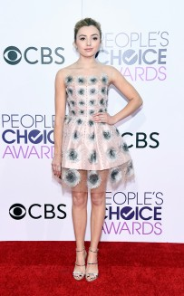 rs_634x1024-170118162251-634-peyton-list-peoples-choice-awards-los-angeles-kg-011817