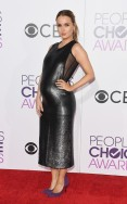 rs_634x1024-170118171013-634-camilla-luddington-peoples-choice-awards-los-angeles-kg-011817