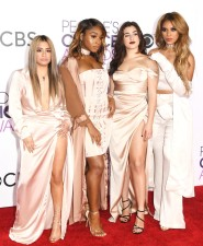 rs_839x1024-170118174826-634-fifth-harmony-peoples-choice-awards-2017