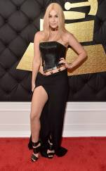 rs_634x1024-170212140642-634-2017-grammy-awards-arrivals-saint-heart
