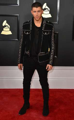 rs_634x1024-170212161517-634-2017-grammy-awards-arrivals-nick-jonas