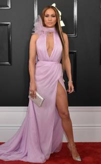rs_634x1024-170212164926-634-2017-grammy-awards-arrivals-jennifer-lopez