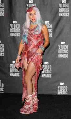 lady-gaga-mtv-vma-2010