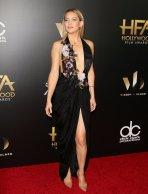 Kate-Hudson-Hollywood-Film-Awards-2016