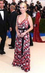 rs_634x1024-170501155444-634.Megyn-Kelly-Met-Gala-2017-Arrivals.ms.050117