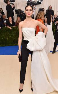 rs_634x1024-170501170749-634-met-gala-2017-arrivals-emmy-rossum