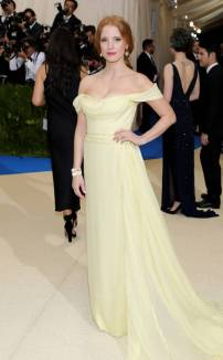 rs_634x1024-170501171622-634-met-gala-2017-arrivals-jessica-chastain