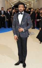 rs_634x1024-170501173145-634-met-gala-2017-arrivals-donald-glover