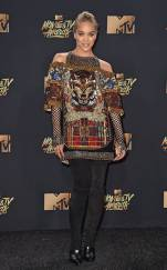 rs_634x1024-170507170859-634-jasmine-sanders-mtv-movie-tv-awards-2017