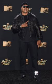 rs_634x1024-170507174533-634-ll-cool-j-mtv-movie-tv-awards-2017