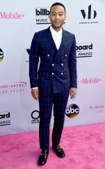 rs_634x1024-170521161914-634.John-Legend-Billboard-Music-Awards.kg.052117